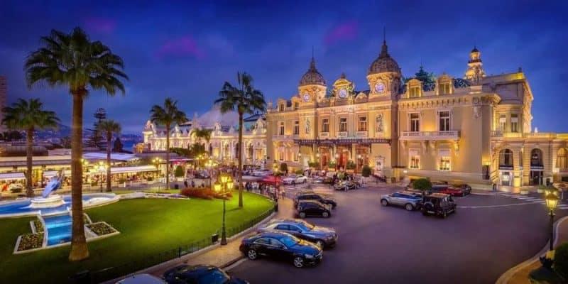 Kasino Monte Carlo di Monako